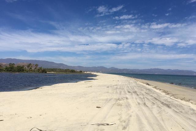 Surgidero beach