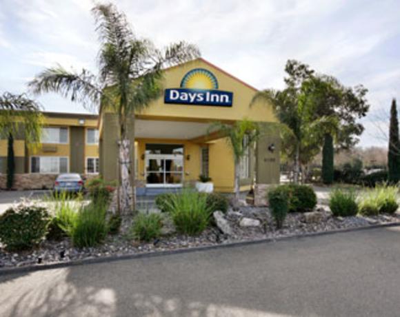 Days Inn Woodland Front