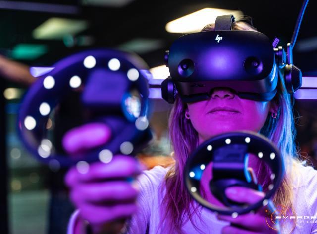 Virtual Reality Close Up