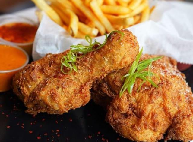 TRIS Fried Chicken