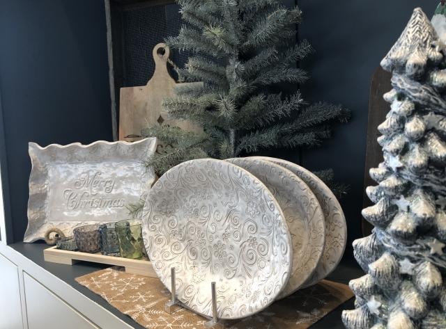 Brookwood Holiday Store: Platter