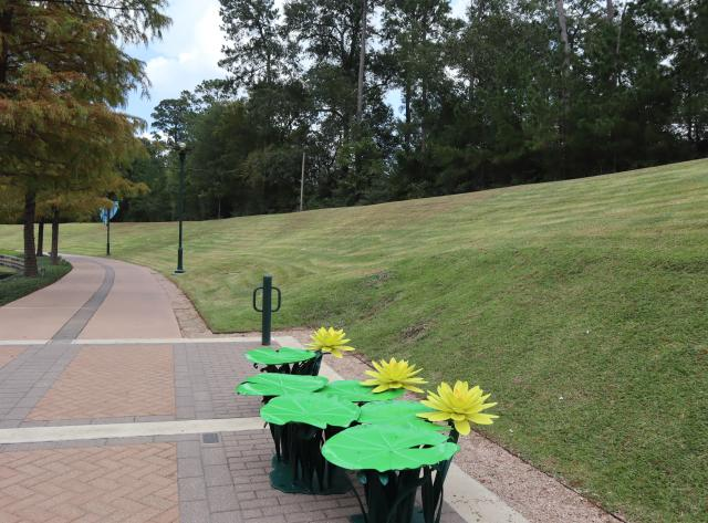 Art Bench: The Texas Dawn Water Lily