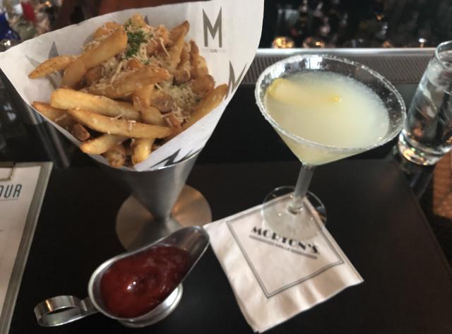 Morton's Grille