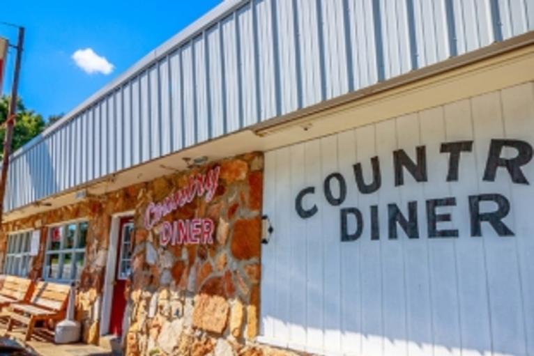 Country_Diner_med.jpg