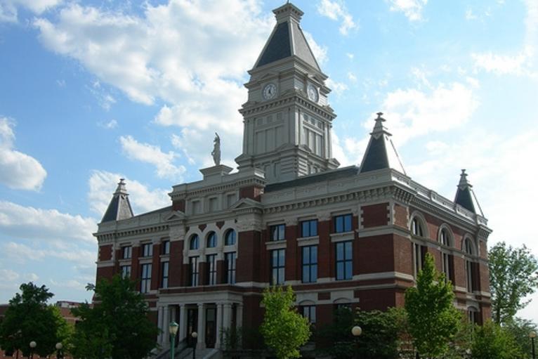 courthouse_med.jpg