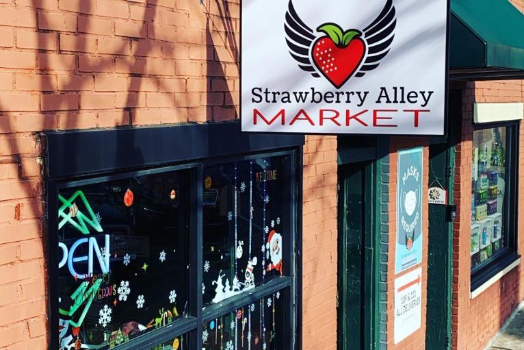 Strawberry Alley Market