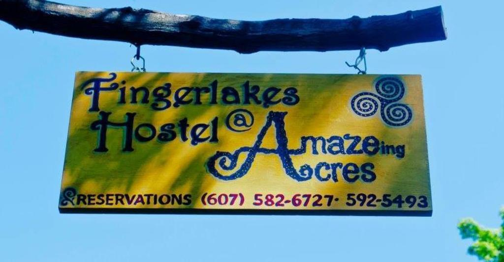 A'maze'ing_Acres_Sign