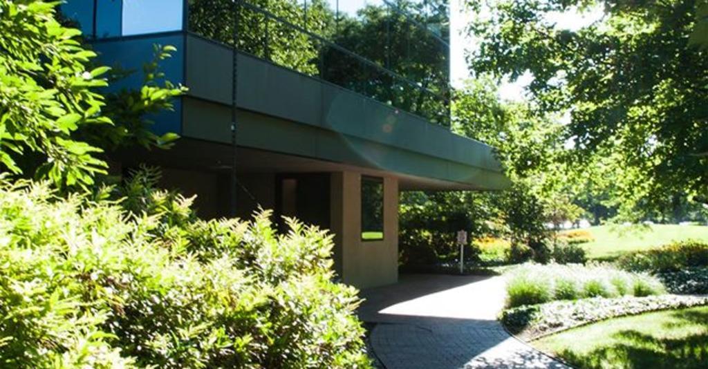 Corning_Enterprises_Corning_Headquarters