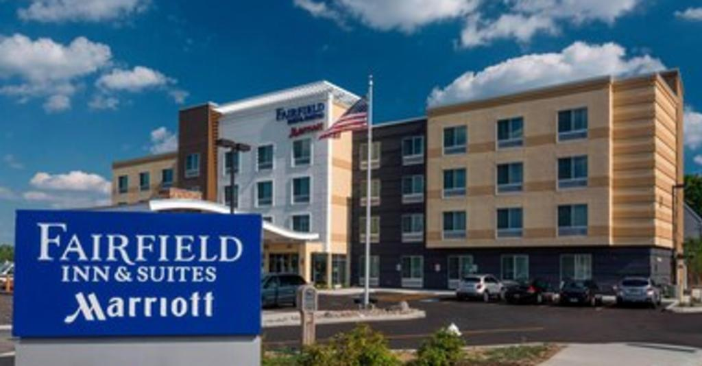 Fairfield_Inn_Exterior