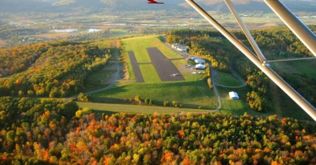 Harris_Hill_Soaring_Corporation_View_from_Glider