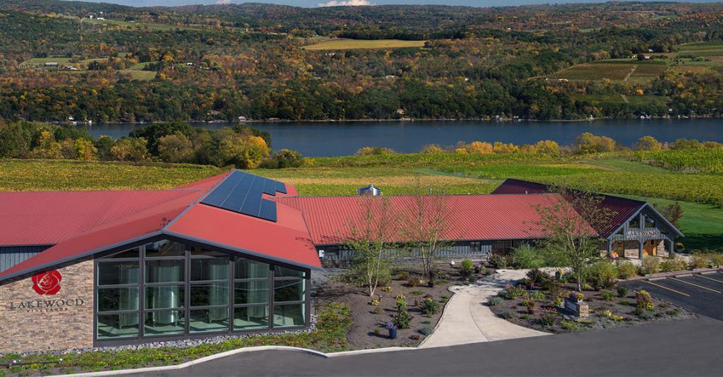 Lakewood Vineyards - Building Exterior