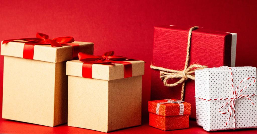 Seneca Santa - Stock Presents