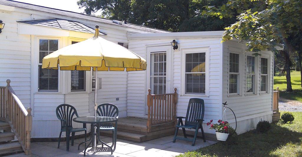 Seneca West Cottages - Cottage Exterior