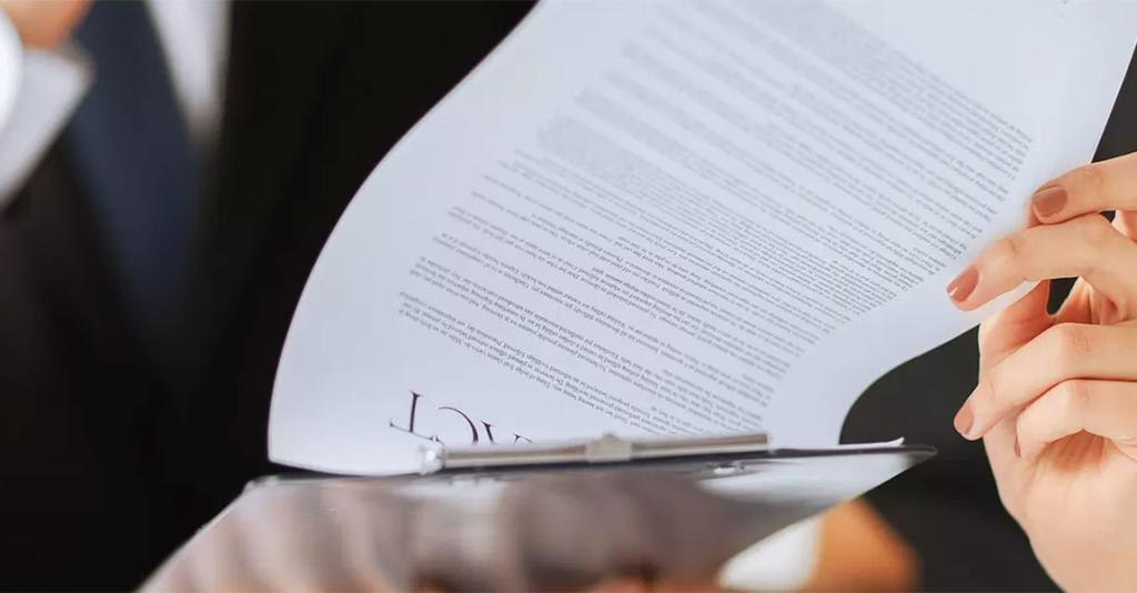 The Halpin Firm - Contract Stock Photo