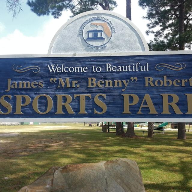 james-benny-roberts-park-sign.jpg