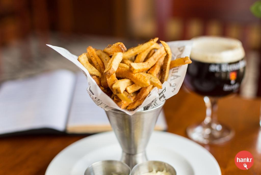 Frites with St. Bernardus
