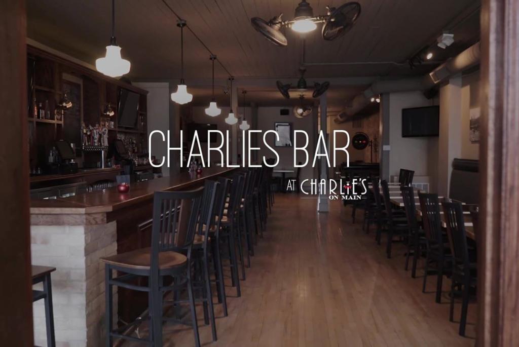 Charlies_Bar