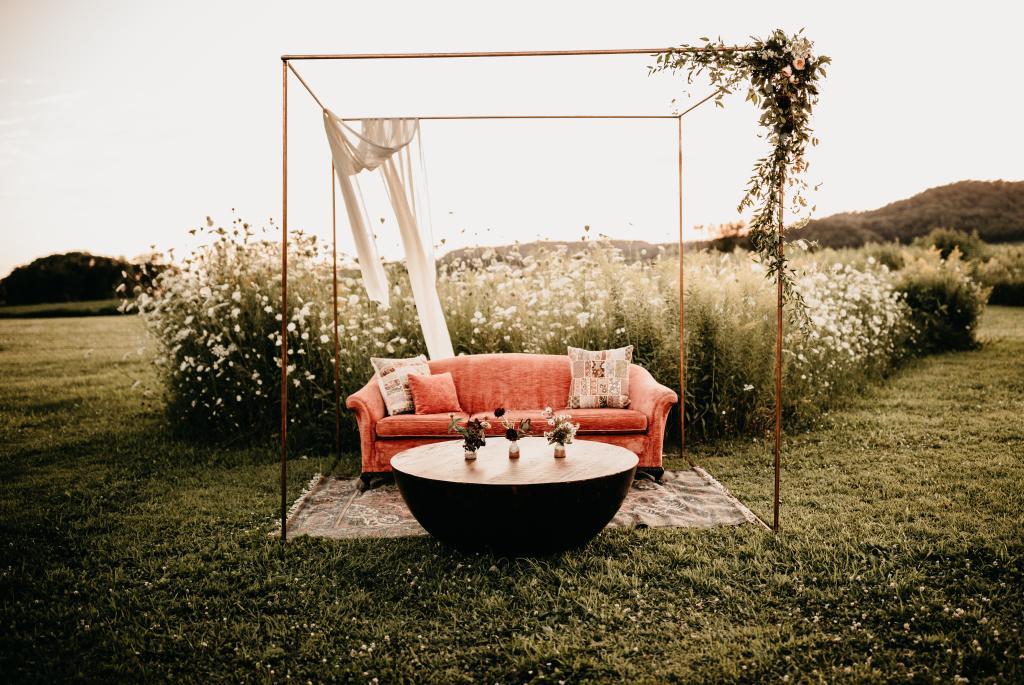Photo: Copper Antler | Outdoor lounge rentals