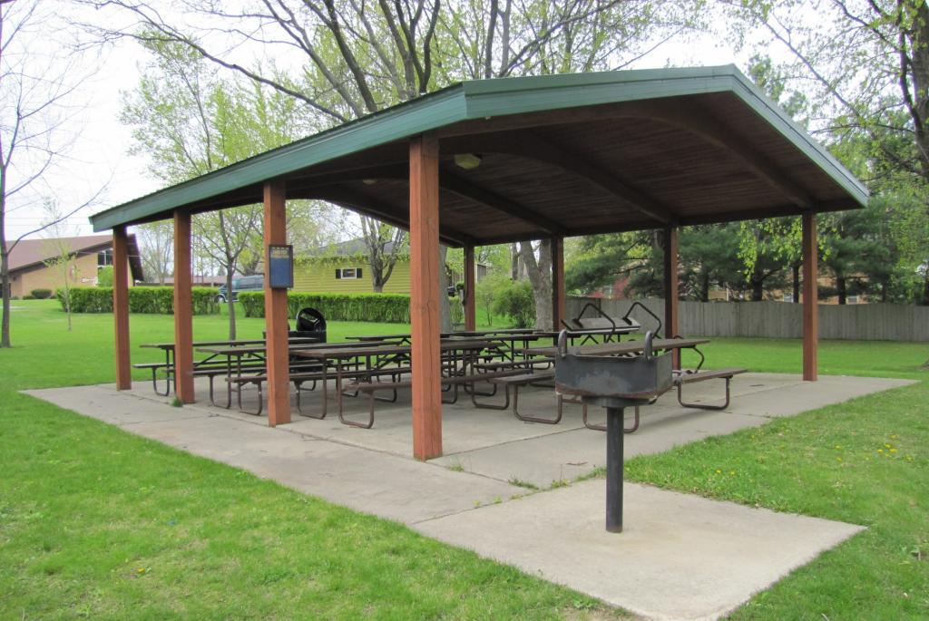 Wetmore Park - Shelter