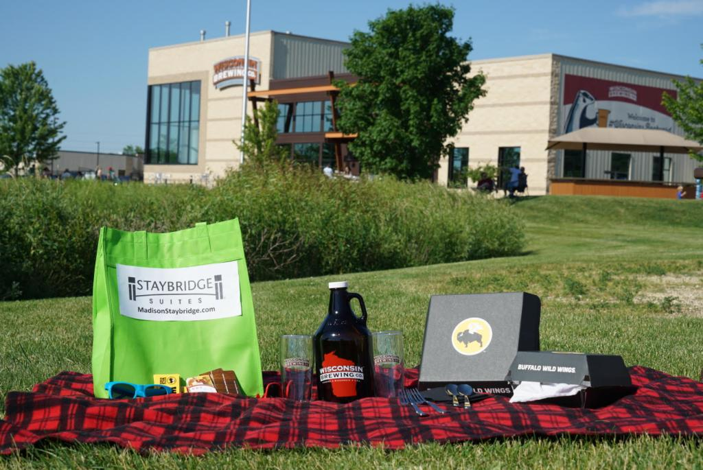 Picnic-Staybridge-Fitchburg-WI-Brewing-Co