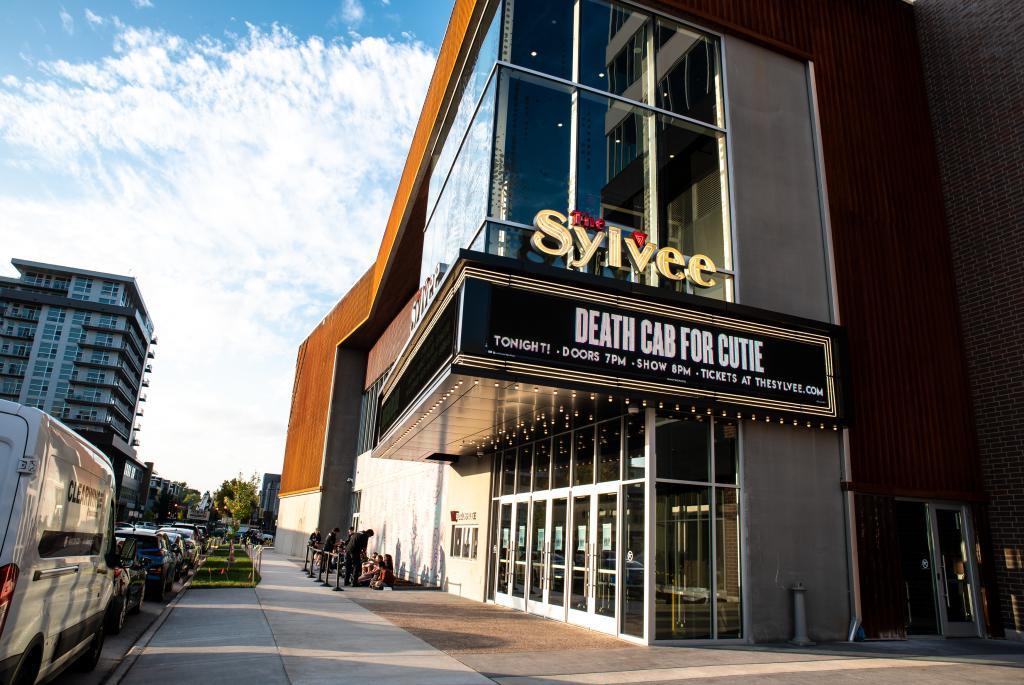 Sylvee-Exterior-1-Chris Lotten Photography