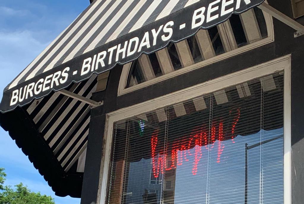 burgers-bdays-beers