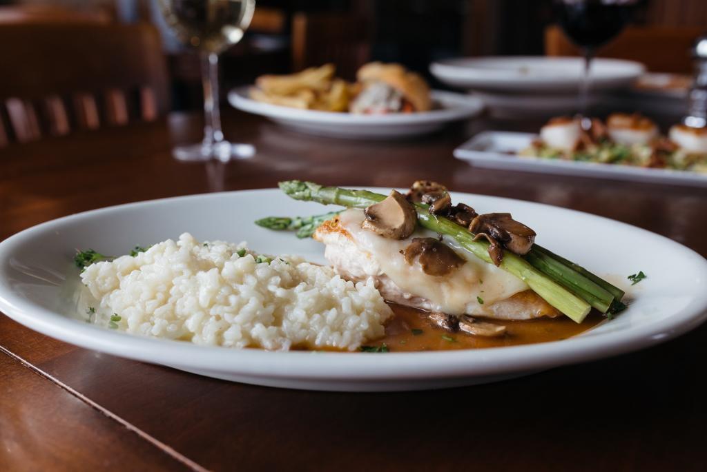 dinner-johnnys-italian-steakhouse
