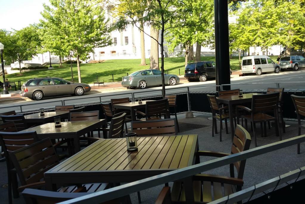 graft-patio
