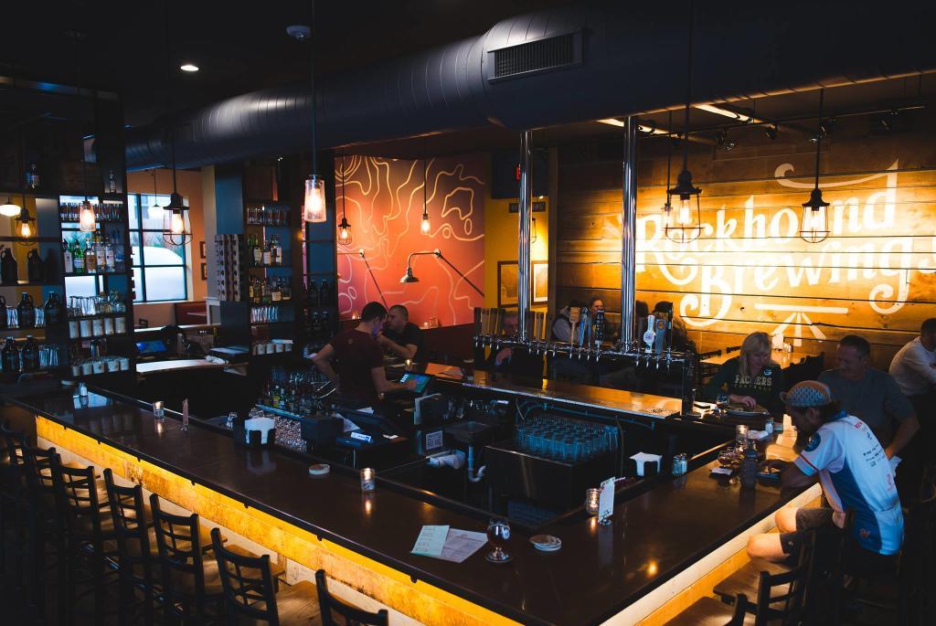 rockhound-brewing-interior