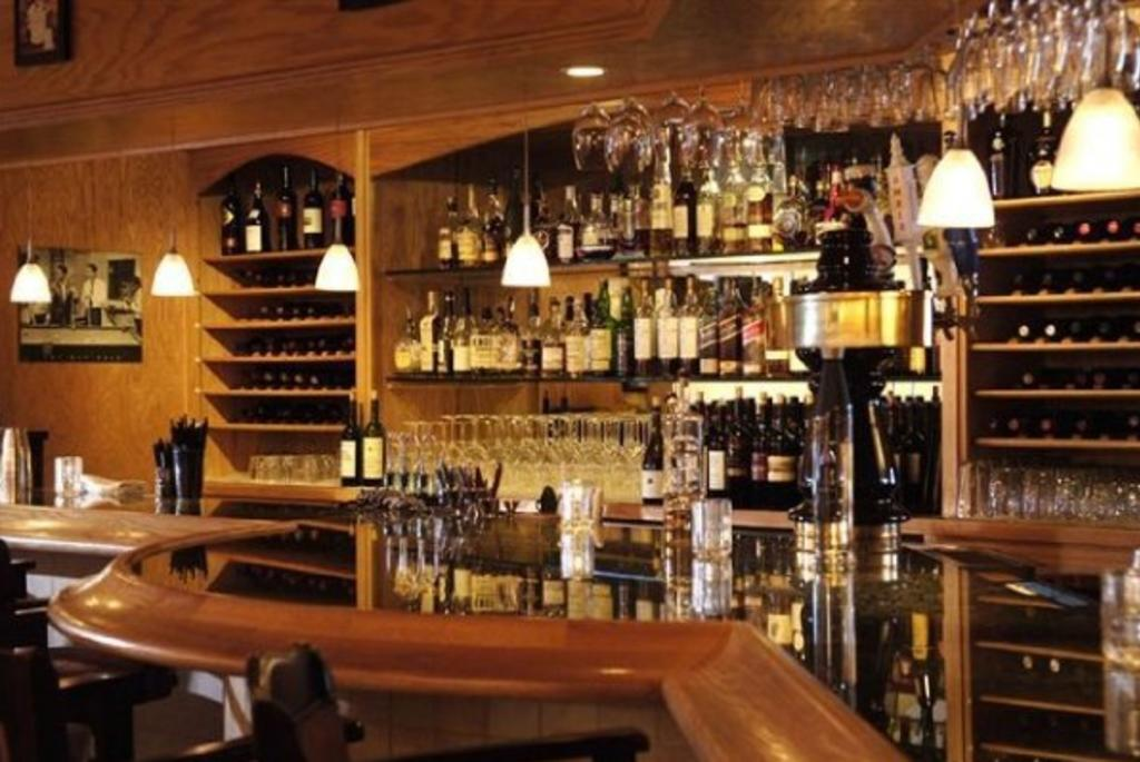 tuscany-grill-bar-2