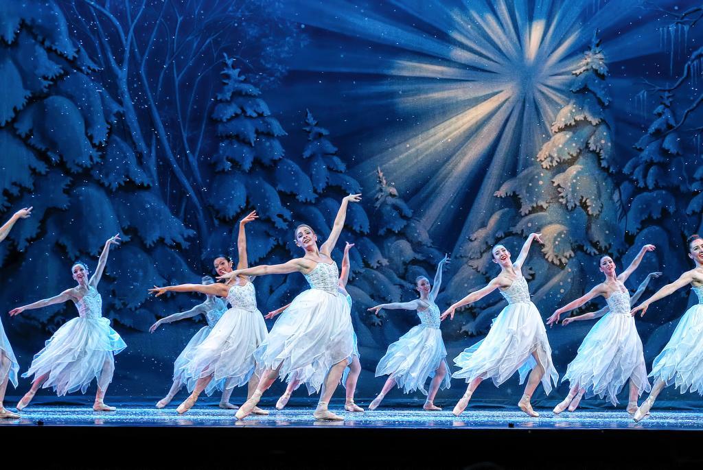 Madison Ballet's Nutcracker Act I courtesy Darren Lee