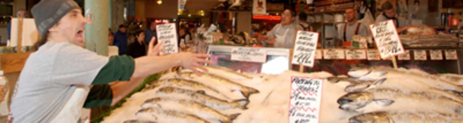Pike_Place_Fish_Market.jpg