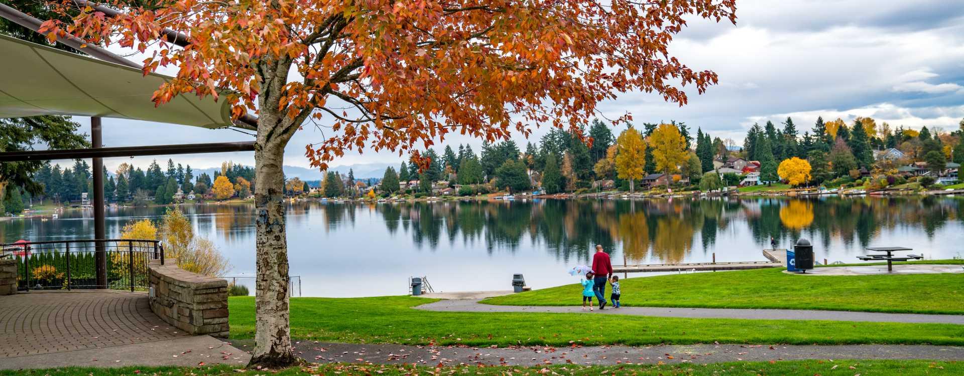 Angle-Lake-Park-Autumn