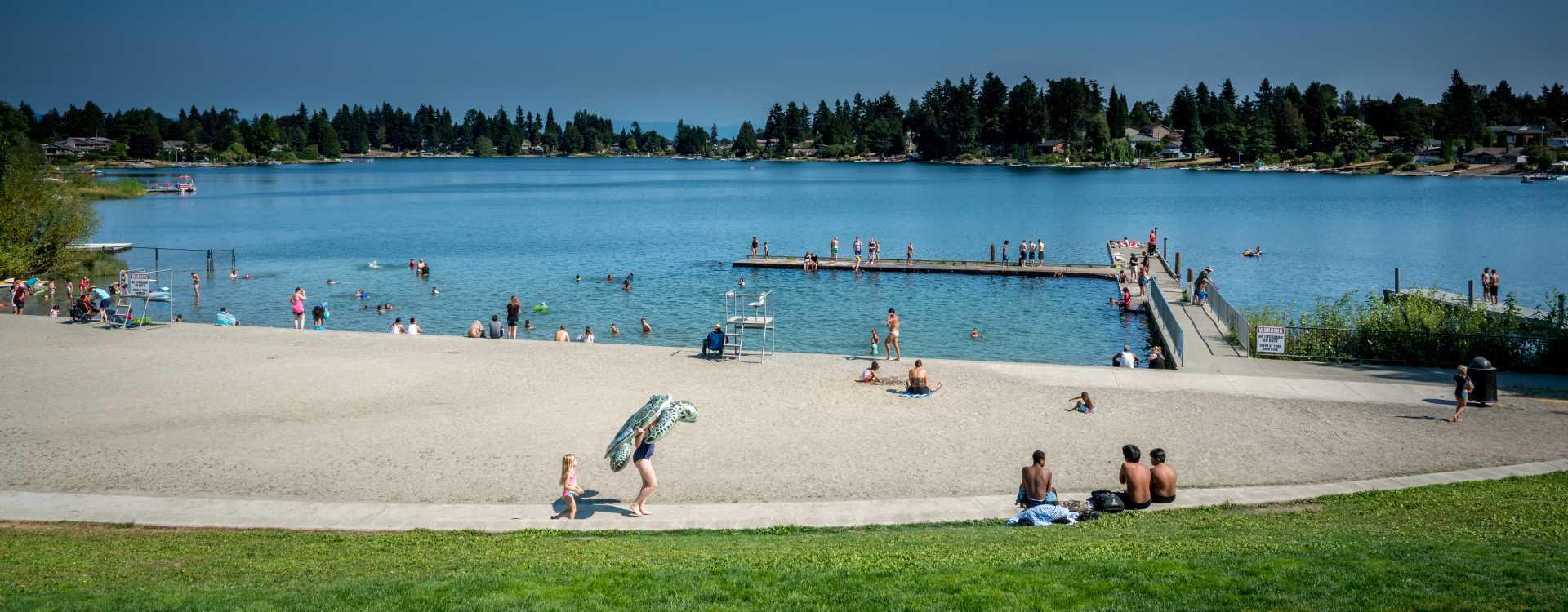 Angle-Lake-Park