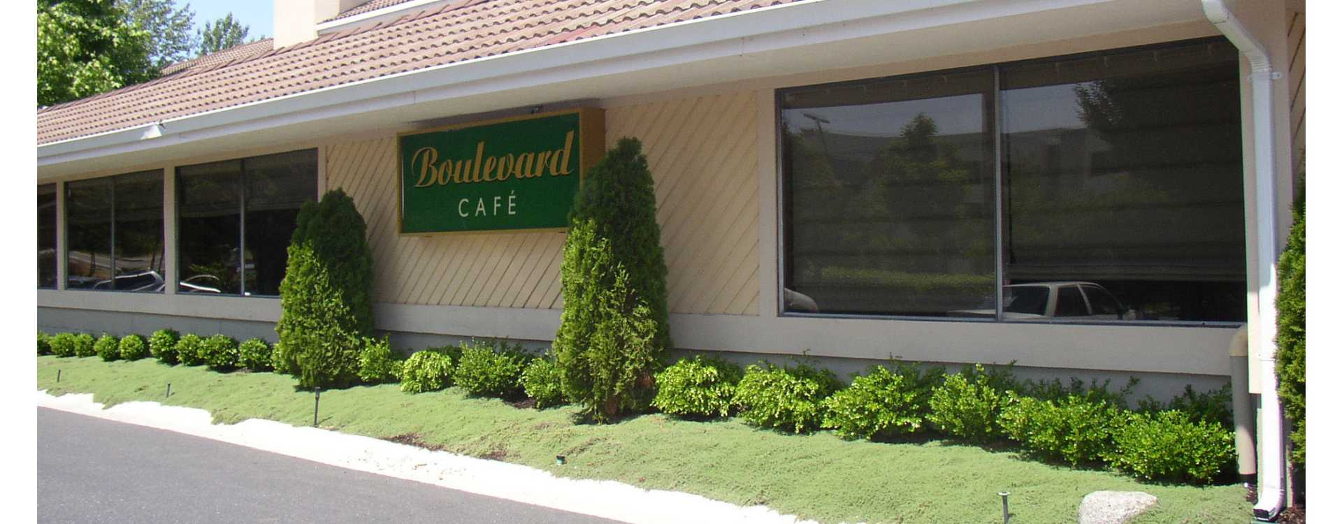 Boulevard_Cafe___Lounge.jpg