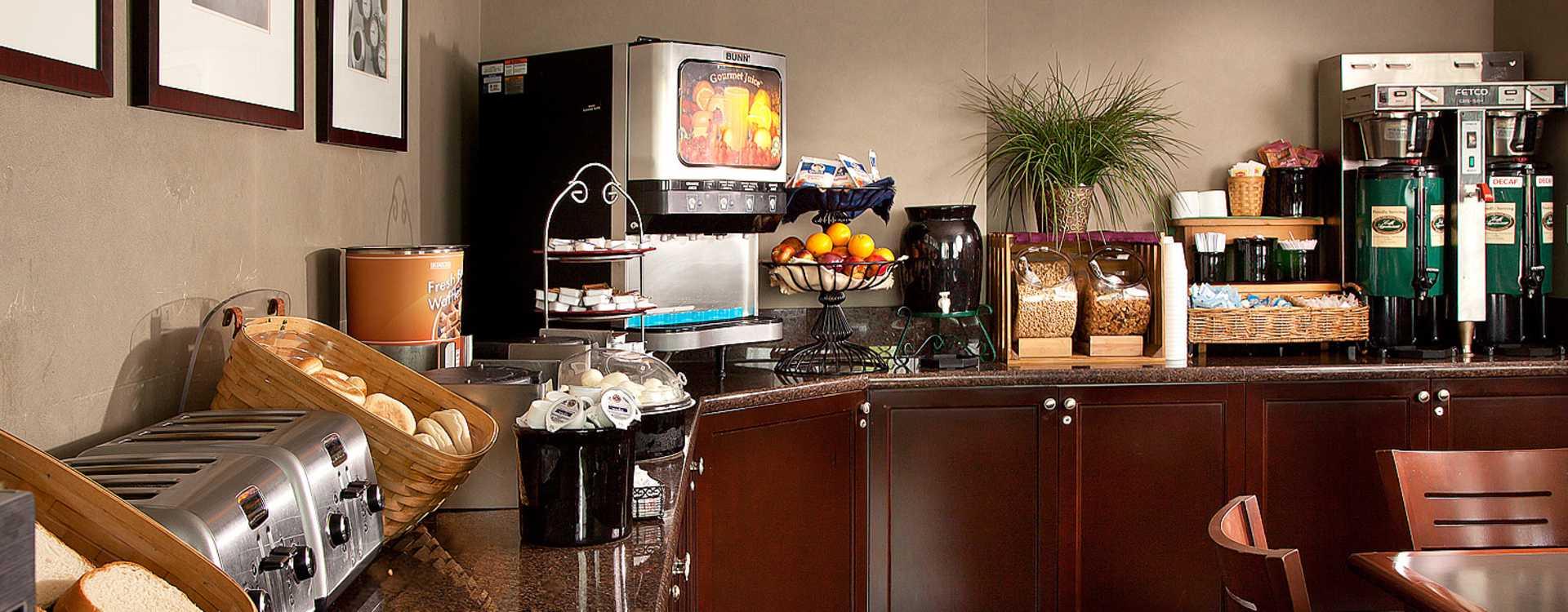 Coast Gateway Hotel Breakfast Room