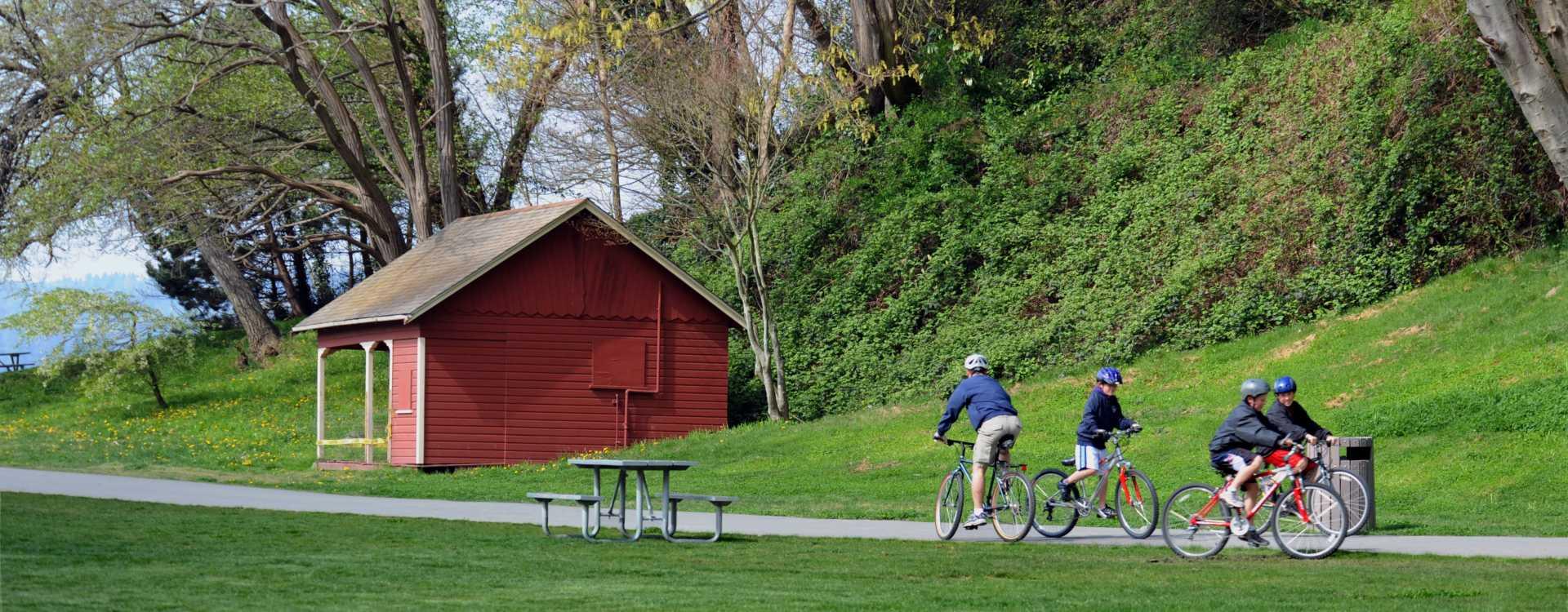 Des-Moines-Beach-Park-Bikes