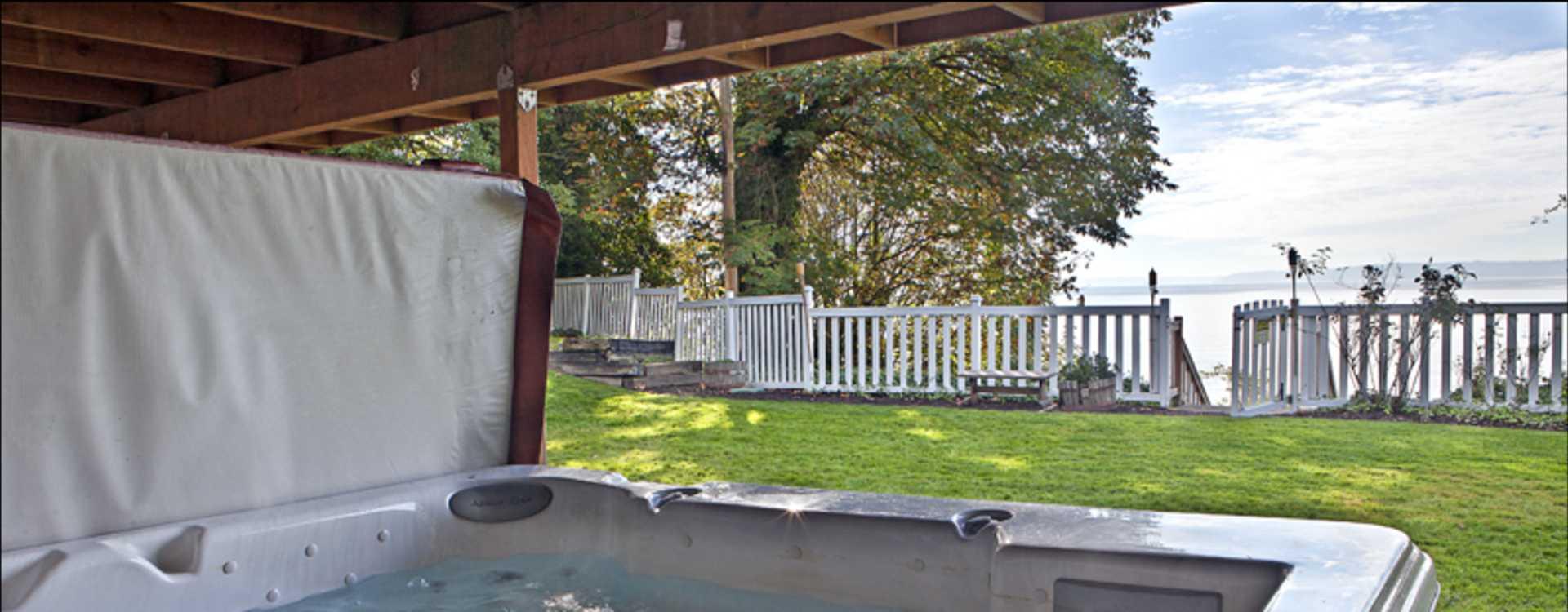 Puget_Sound_Villa_-_Vacation_Rental_Home-4.jpg