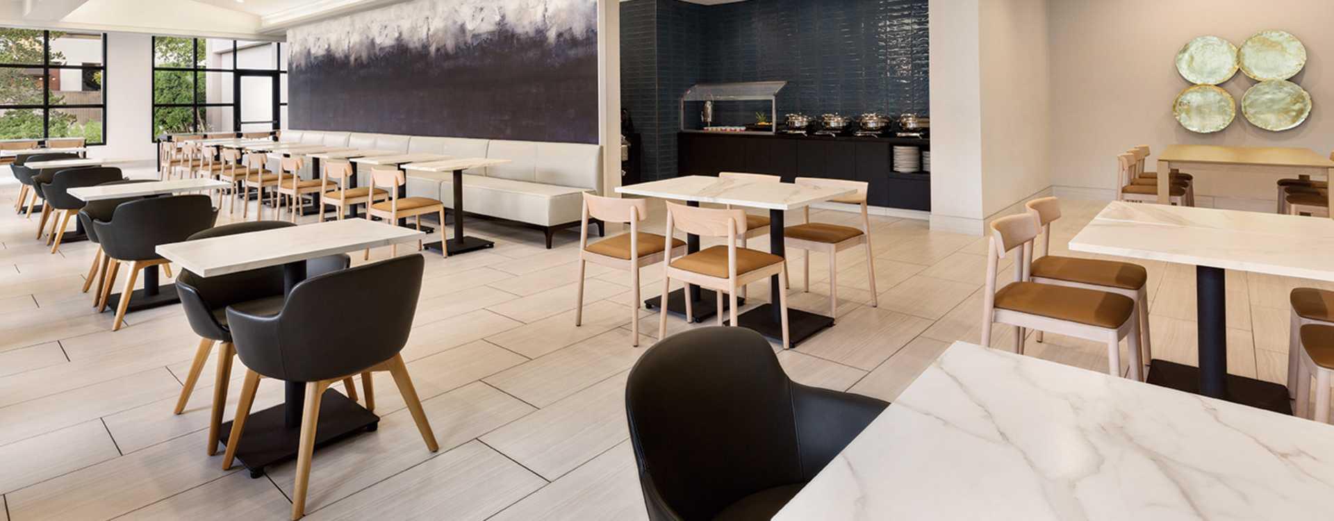 Radisson Hotel Seattle Airport Breakfast Area