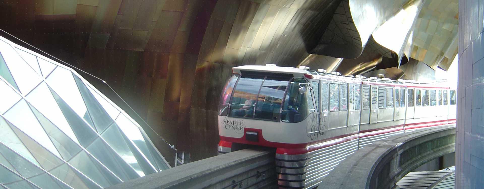 Seattle_Monorail-2.jpg