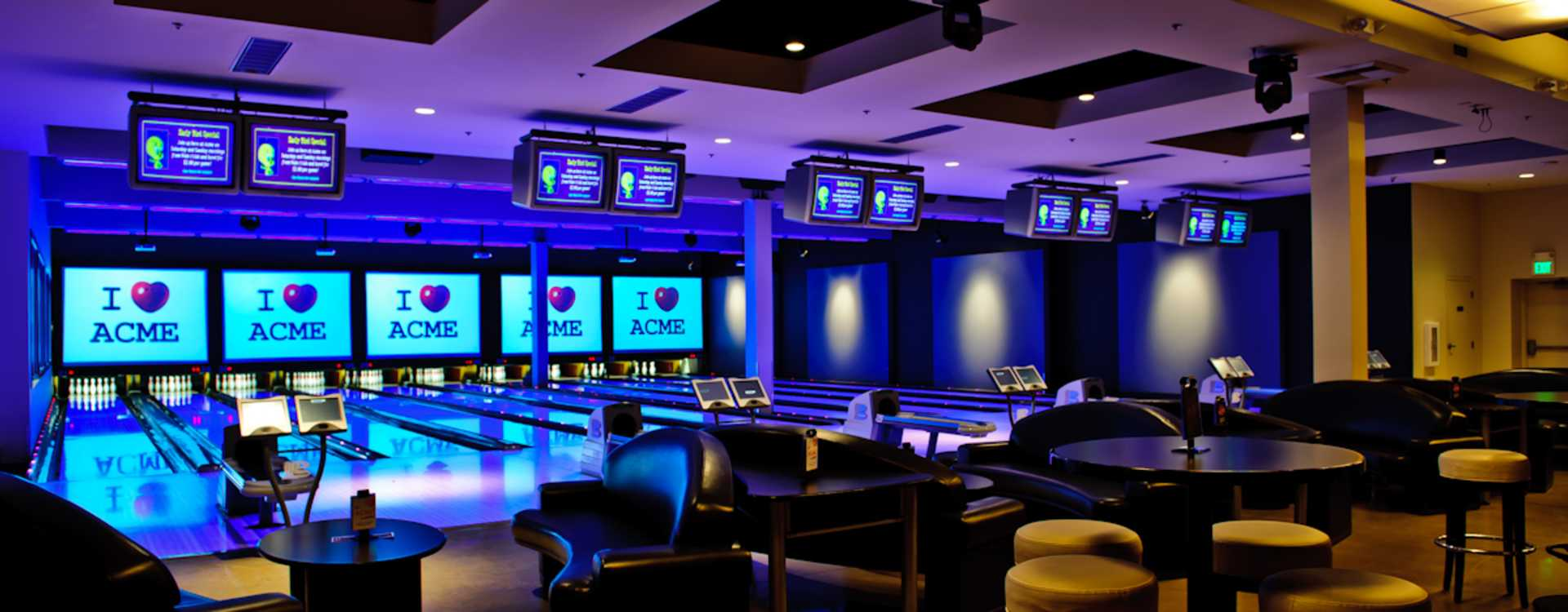 meeting-facility-ACME_Bowling__Billiards_and_Events_Meeting_Facility-4.jpg
