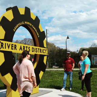 River Arts District Tip-Based Sightseeing Walking Tour