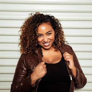 Beauty Parlor Comedy featuring Jasmine Ellis