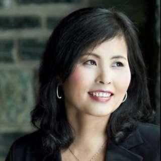 Hwa-Jin Kim in Concert