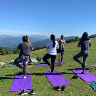 $5 OFF Mountaintop Yoga Hikes!
