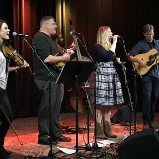 Tuesday Bluegrass Sessions : Kristy Cox Band