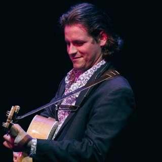Matt Borrello: Folk and Blues