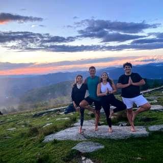 Mountaintop Yoga: Hike | Yoga | Big Views