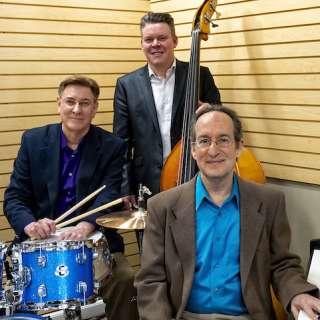 Lawn Concert: The Richard Shulman Trio