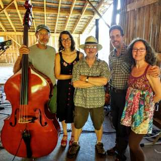 Concert featuring Spring Mountain Shiners